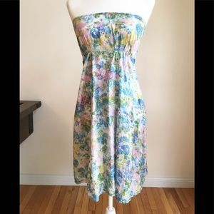 Pretty Topshop floral strapless sun dress